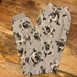 Anthropologie Floral Graybloom jogger sweatpants